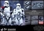 Hot Toys Star Wars First Order Stormtrooper Officer Set
